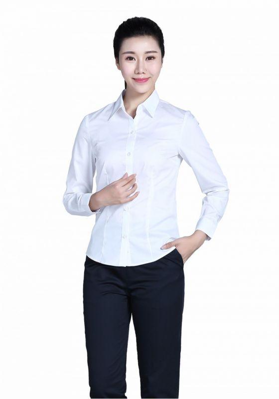 不同风格的女士衬衫如何搭配?