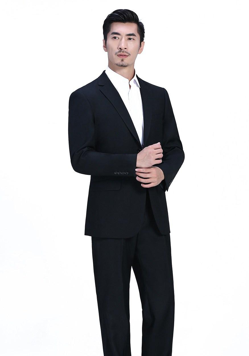 西装定制该怎么选择合适的颜色,西装定制的注意事项有哪些